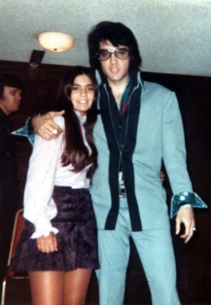 http://www.elvis-collectors.com/candid-central/tahoe71.jpg