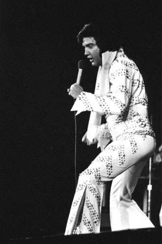 413a26353791 Question   How many shows Elvis performed in the Nassau County Veterans  Memorial Coliseum in Uniondale